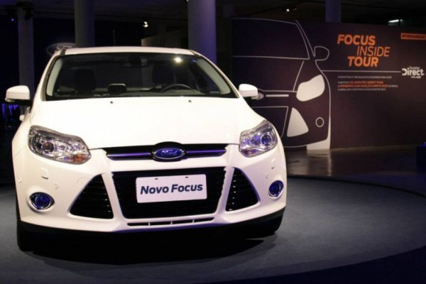 Novo Ford Focus Sedan 2014