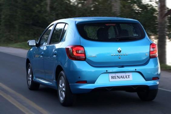 Novo Renault Sandero 2015 Dynamique 1.6 16v com Kit Sport